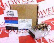 Johnson Controls T-4752-201 / T4752201 (Brand New)