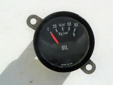 Classic car original oil pressure gauge