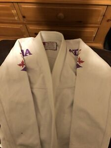 Atama Limited Edition Size F3, White with Pink and Purple Details