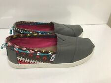 kids toms Youth Size 2.5