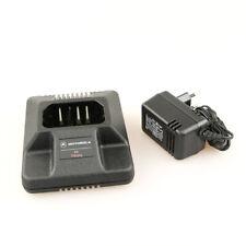 Motorola HTN9804A Ladegerät / Ladeschale mit Netzteil für GP300 GP600 P110 / OVP