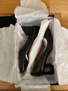 Hugo Boss Tylor Pump Women's Shoes. 100% Italian Leather. Size 9. Black
