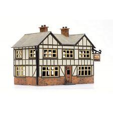Country Inn Pub Building 125x65x85mm HO OO Scale Dapol Plastic Kit C025