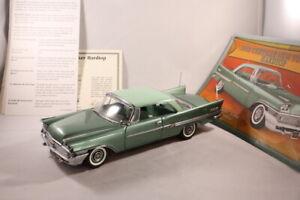 DANBURY MINT 1958 CHRYSLER NEW YORKER Hardtop - Model Car 1:24 Scale