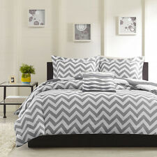 REVERSIBLE MODERN GREY WHITE CHEVRON STRIPE COMFORTER & PILLOW SET FULL QUEEN sz