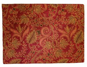 10 Crate & Barrel Cambria Placemats Rich Red Tapestry Botanical 14 X 19