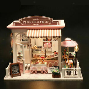 1/24th Scale Chocolate Shop Kit