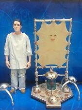 DOCTOR WHO 2 x FIGURE - RUSTY LADY CASSANDRA  & CHIP - 10th DR ERA NEW EARTH