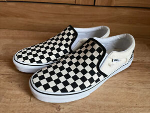 VANS CLASSIC SLIP ON WHITE BLACK CHECKERBOARD CANVAS TRAINERS