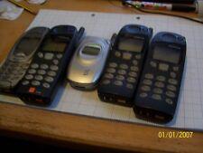 Lote de 4 teléfonos antiguos Nokia trabajo Repuestos o reparaciones 1 Samsung