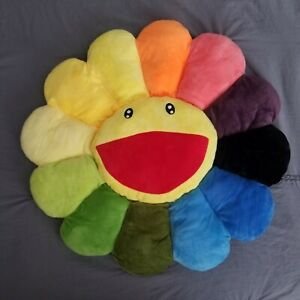 Takashi Murakami flower pillow
