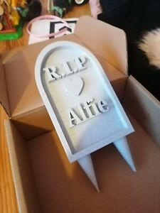 Personalized Pet Headstone Give your pet a lovely Headstone 3D-Printed