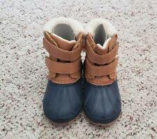 NWT Old Navy Boys Navy Blue Tan Snow Boots w/ Warm Lining Trim Sz 8 C