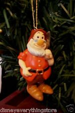 DISNEY SNOW WHITE & THE SEVEN DWARFS DOC CUSTOM CHRISTMAS ORNAMENT NEW