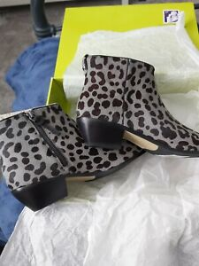 Ted Baker Size 7 Allina Boot