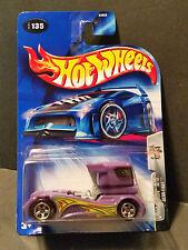 2004 Hot Wheels #135 Final Run 3/5 : Semi-Fast - B3856