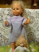 55cm poupée vintage  avec s ystémes  yeux dormeurs +poupée offerte blessée