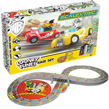 MICRO SCALEXTRIC Set G1140 My First Scalextric Looney Tunes (Mains Powered)