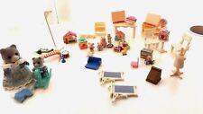 Sylvanian Families Casa de la tienda de juguetes figuras brumble + Oso Mamá Y Bebé