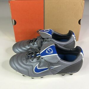 Nike Volant FG E Womens Soccer Cleats Grey Gray Lace Up Shoes Size 7.5 US