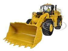 CAT CATERPILLAR  988K WHEEL LOADER WITH OPERATOR 1/50 BY DIECAST MASTERS  85901