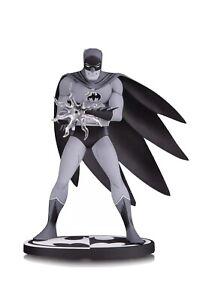 DC Collectibles Batman Black & White Batman Statue By Jiro Kuwata Harley Quinn