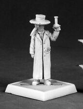 Plague Doctor Reaper Miniatures Pathfinder Alchemist Steampunk Caster Mask Flask