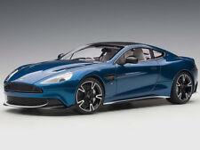 Autoart Aston Martin Vanquish S 2017 1:18 Ming Blue/Clubsport White Pack 70274