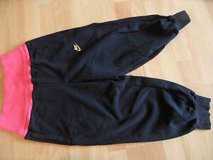 NIKE coole Sporthose Fitnesshose Yogapants schwarz Gr. 158/170 NEUw.  RC1115
