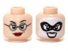 LEGO - Minifig, Head Red Lips, Glasses / Mask, White Face (Dr Harleen Quinzel)