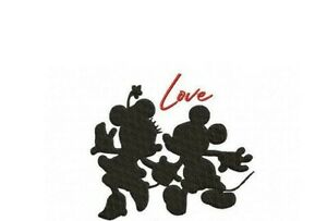 Minni Mouse Love Valentines  SET OF 2 HAND TOWELS EMBROIDERED NEW CUTE
