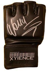 Wanderlei Silva  Xyience  Signed Glove