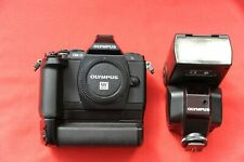 olympus em5 + battery grip + fl36 flashgun
