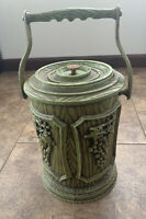 VINTAGE 70's Green Plastic Ice Bucket Decorated With Grapes Made In Hong Kong