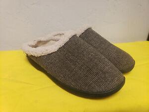 Men's Isotoner Faux fur Slippers , memory Foam size 11-12