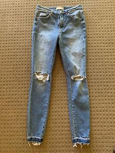 Neuw Ladies Skinny Ripped Knee Blue Jean Size 28