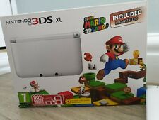 Nintendo 3DS XL - White (with Super Mario Island 3D included)