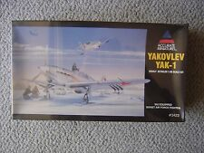 Accurate Miniatures 1/48 Yakovlev Yak-1 (Razorback) : with skis