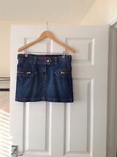 LADIES 'FRENCH CONNECTION' DENIM BLUE SHORT SKIRT. SIZE 10. ZIP POCKETS.GOOD CON
