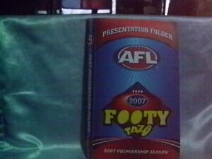 AFL Footy Tazo 2007 Gold Classic Series Vintage Retro Footy Cards PLUS folder