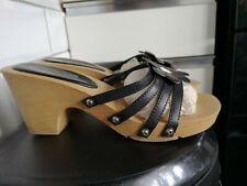 Clogs shoes