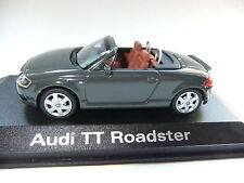 Audi TT Cabrio 1 Serie   .. 1:43  .. Minichamps  ..#370
