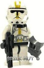 LEGO STAR WARS - YELLOW MARKINGS CLONE TROOPER + GIFT - BESTPRICE - 7655 - NEW