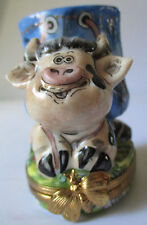 LIMOGES FRANCE PEINT MAIN ADORABLE COW PEN HOLDER PORCELAIN TRINKET BOX - NEW