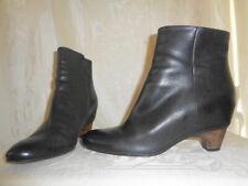 MARTIN MARGIELA Black Leather Low Heel Boots 39 8.5 $600