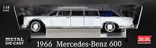 Mercedes-Benz  600 Landaulet weiß Baujahr 1966 M = 1:18 von Sun Star