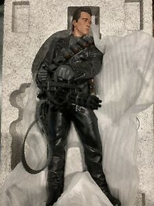 Terminator 2 Judgment Day T-800 Sideshow Statue 1:4 Figure Excellent #153/750