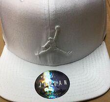 Nike AIR JORDAN Retro Camo Triple White Jumpman SnapBack Hat (776311 100)