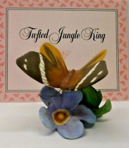 A FRANKLIN PORCELAIN BUTTERFLIES OF THE WORLD FIGURE --TUFTED JUNGLE KING- C.W.C