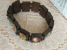 Fashion Jewellery Bracelet  are wooden with picture of jesus